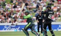 Pakistan recover to set New Zealand target of 263