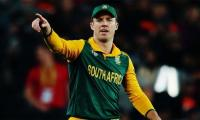 South Africa welcome De Villiers back into squad against India