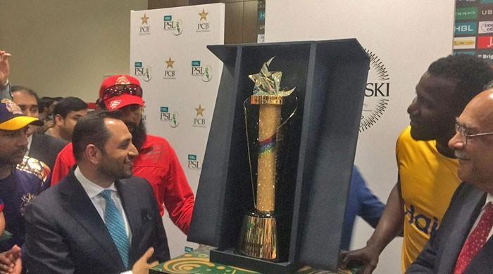 PSL–2018 trophy unveiled amid fanfare at Dubai