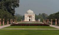 Delhi´s ´lost´ Mughal garden reopens as public park