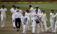 Australia beat South Africa in first Test by 118 runs
