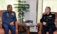 Air Chief Sohail Aman pays farewell call on Naval Chief Admiral Abbasi