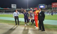 PSL 3, Match 28: Gladiators win toss, opt to bat first against Islamabad United