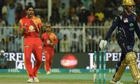 PSL 3, Match 28: Islamabad United restrict Quetta Gladiators to 147-7