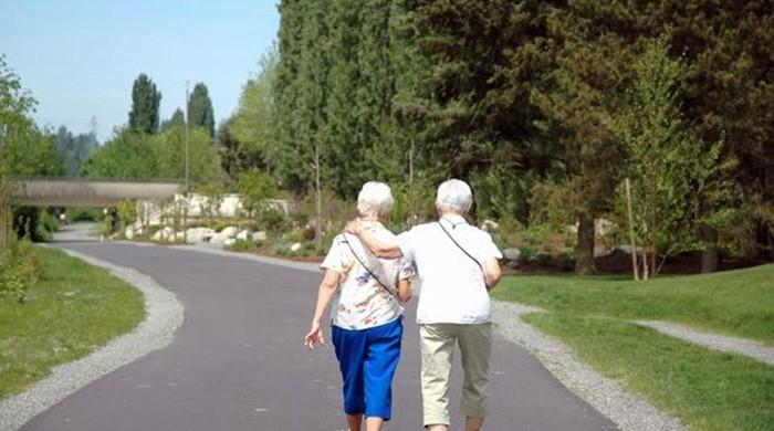 Slower walking can lead to dementia: Study