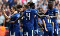 Chelsea face Man Utd in FA Cup final as Giroud sinks Saints
