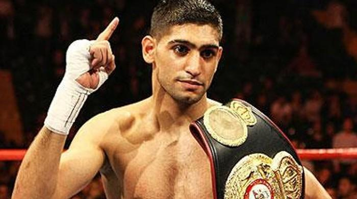 Would love to knockout corrupt politicians in Pakistan: Amir Khan
