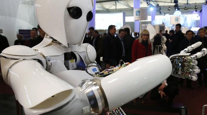 Interview with a robot: AI revolution hits human resources