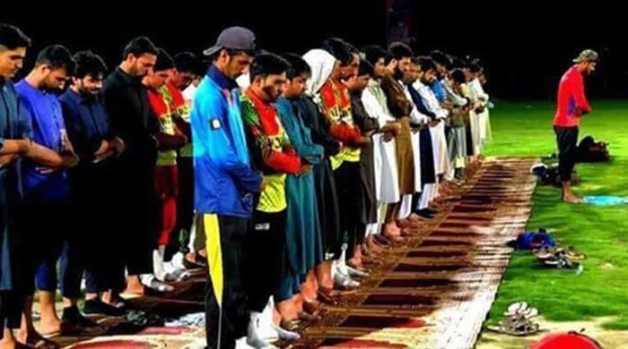 国际刑事法院伊姆兰谴责对贾拉拉巴德板球场的恐怖袭击