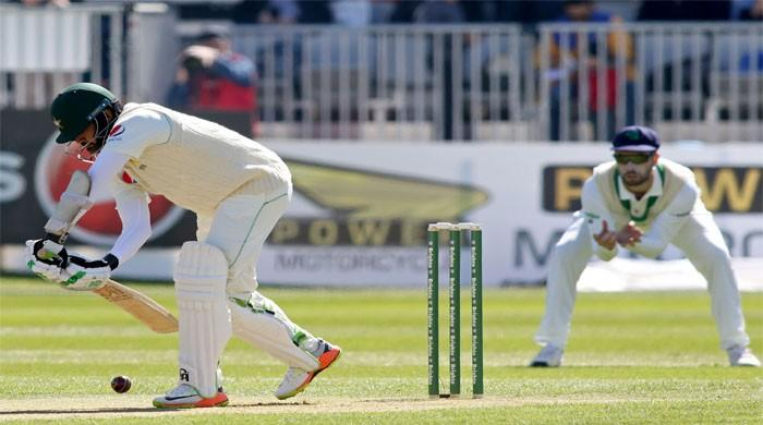在英格兰系列赛之前,阿扎尔阿里在巴基斯坦的最后一场热身赛中取得五十分