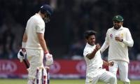 Cricket: England 72-3 against Pakistan