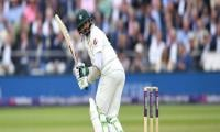 Azhar´s fifty helps Pakistan make steady progress against England