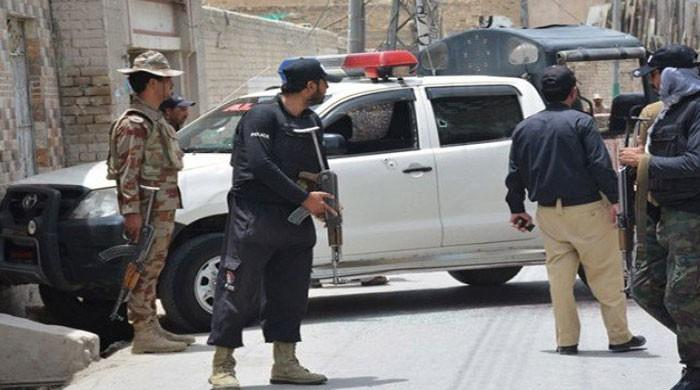 Two police officials martyred, two militants killed in Quetta