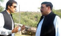 Imran congratulates Rashid on Supreme Court verdict