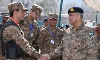 Army Chief Gen. Bajwa spends Eid day with troops along LoC