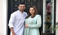 Pregnant Sania Mirza looks beautiful in her green Eid dress