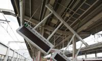 Two dead as strong quake shakes Japan´s Osaka