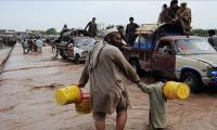 Heavy rain halts vehicular traffic in Balochistan district