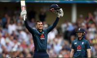 Australia fall to heaviest defeat after England record 481/6