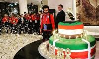 Salah's fan present 100 kg cake on his 26th birthday