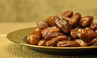 Saudi King sends 'gift' of 150 tons of dates to Pakistanis