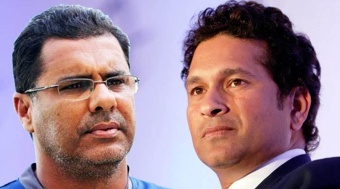Waqar Younis, Tendulkar call for scrapping use of two balls in ODI