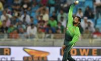 Pakistan recall Hafeez after bowling action cleared