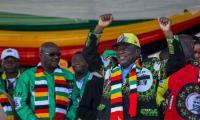 Blast rocks Zimbabwe president´s rally