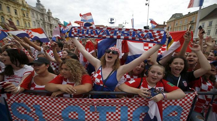 Croatians give heroes´ welcome to World Cup squad