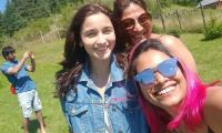 Take a look at Alia Bhatt's sun-kissed selfie with girlfriends and Ranbir Kapoor