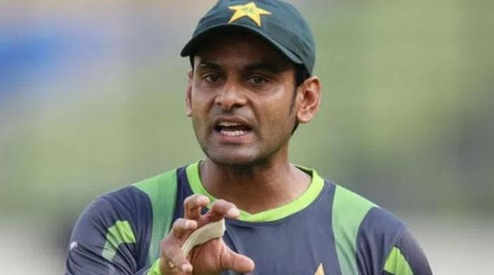 Hafeez's career comes under real shadows