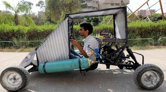 Egyptian students design car that runs on air