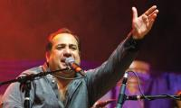 Rahat enthralls audience with Pak Independence Day performance in US