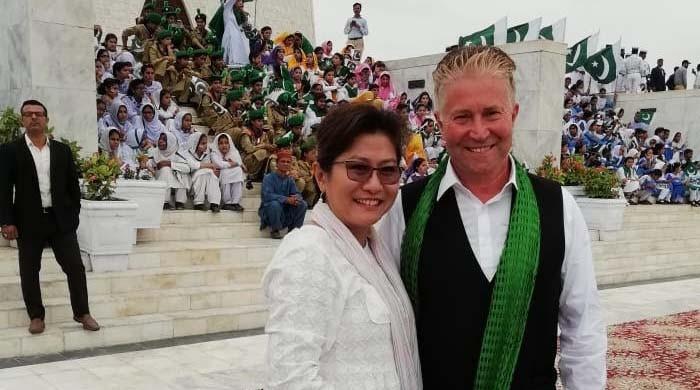 Former Swiss CG, wife celebrate Pakistan's Independence Day in Karachi