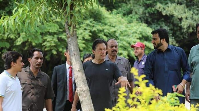 No holidays for PM: Imran Khan to work during Eid