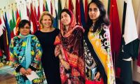 US State Dept spokeswoman shares pictures with Pakistani counterparts