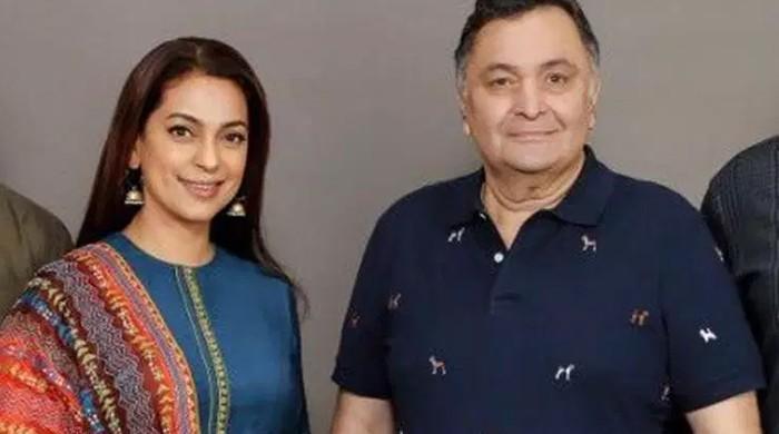 Juhi Chawla, Rishi Kapoor to reunite onscreen after 22 years