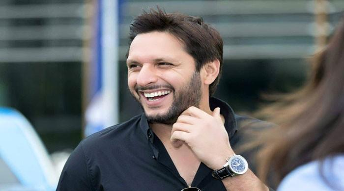 Afridi applauds Indian bowling against Pakistan