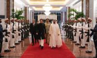 PM Imran Khan calls on UAE Crown Prince after visiting Saudi Arabia