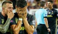 Can sorry for ´we´re not women´ blast over Ronaldo red card