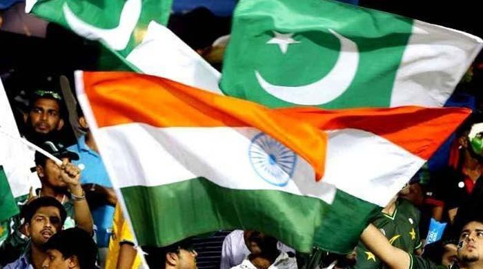 Over the boundary! The cricket-loving India, Pakistan couples bowled over in UAE