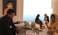Shehzad Roy teaches Malala how to play chess!