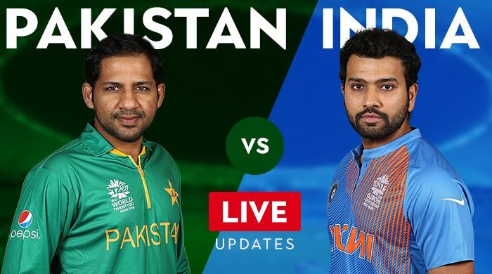 LIVE: Pakistan reeling with three quick wickets