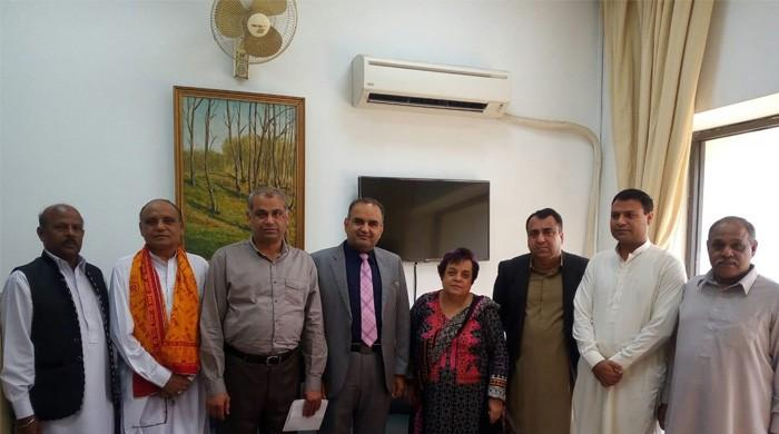 Hindu leaders meet rights minister Shireen Mazari
