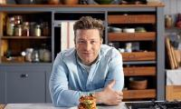 Chef Jamie Oliver slams TV bosses over junk food ads