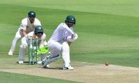 Fakhar misses hundred in Pakistan´s fightback