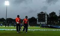 Thunder and lightning stops England run chase in Sri Lanka