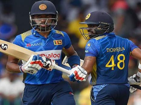Dickwella, Chandimal power Sri Lanka to 366-6