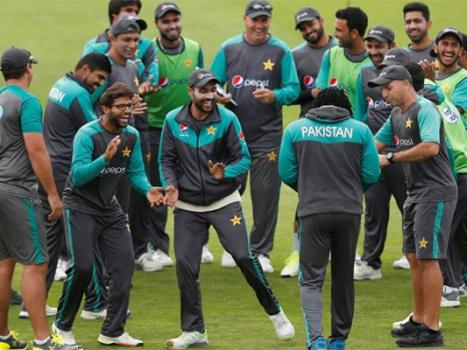 Pakistan show consistency to scale T20 summit