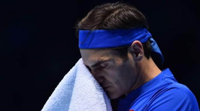 Roger Federer suffers shock straight-sets defeat to Nishikori in ATP Finals opener